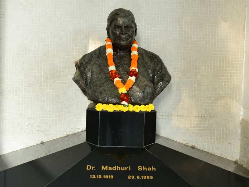 Madhuri Shah statue at JML